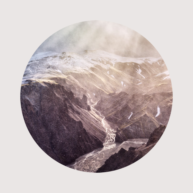 Iceland Mountains Circular photo